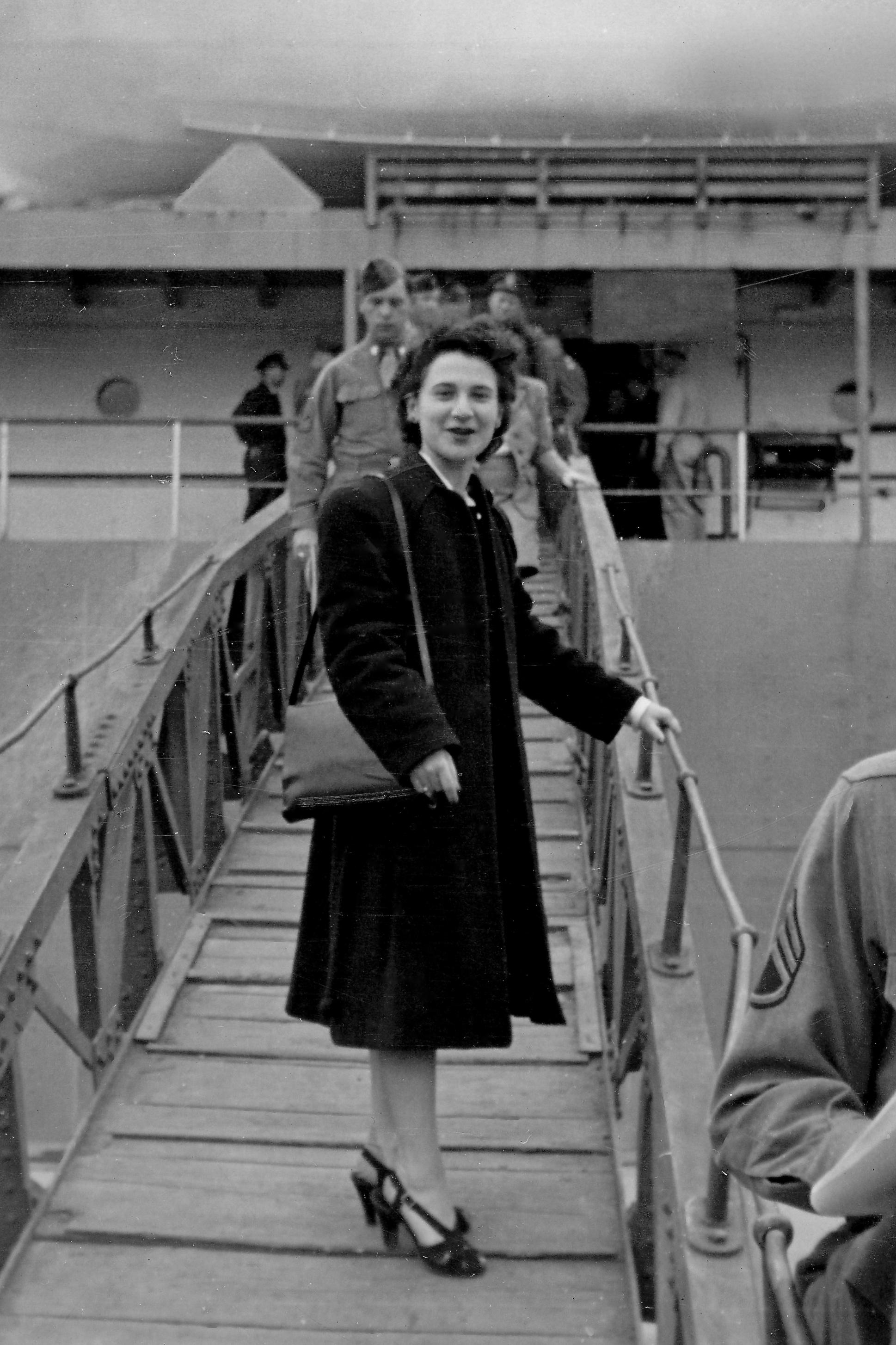 1947年の日本の女性史 - Japanes...