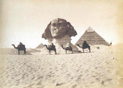 sphinx et pyramides.jpg