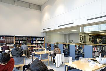 MFJ_bibliotheque.jpg